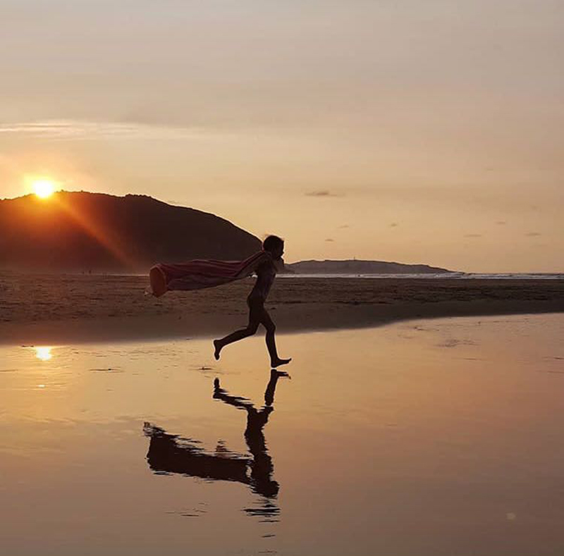 retos-de-verano-atardecer-playa